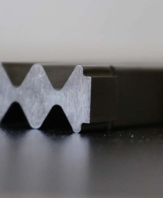 coating_components_quality_iwis_chromium_nitride_silver_grey_106